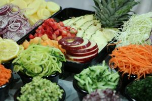 Eating fruits and vegetables may lower women's stress risk